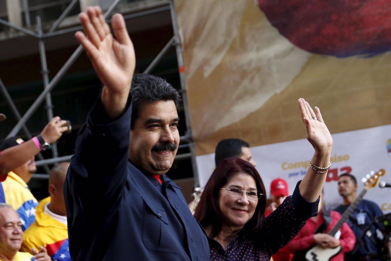 El presidente de Venezuela, Nicolás Maduro, y su mujer, Cilia Flores