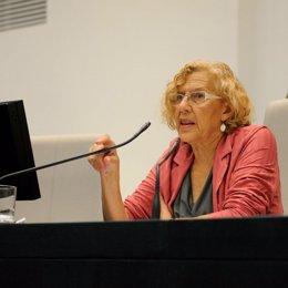 Manuela Carmena en pleno