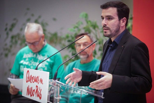 Alberto Garzón presenta las medidas educativas de IU-Unidad Popular