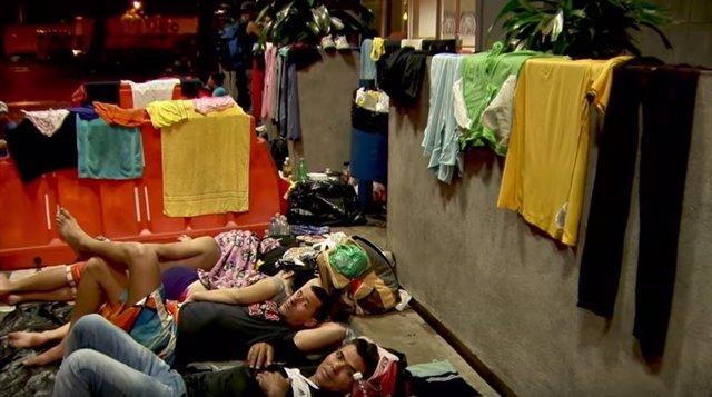Cubanos aguardan en la frontera de Costa Rica con Nicaragua