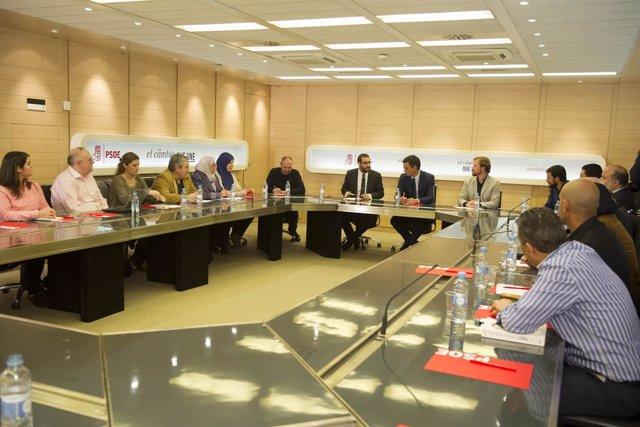Pedro Sánchez se reúne con representantes de la comunidad musulmana