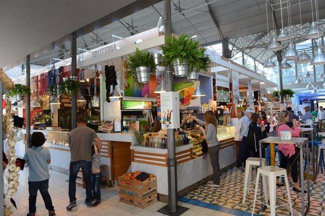 Interior del Mercado Victoria.