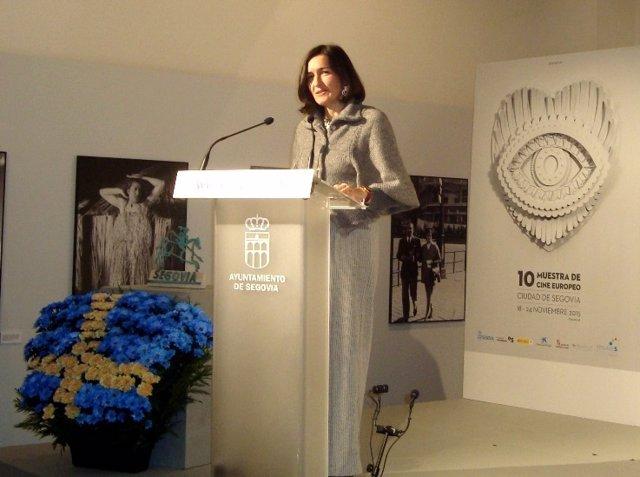 La exministra de Cultura Ángeles González Sinde, en la inauguración de Muces