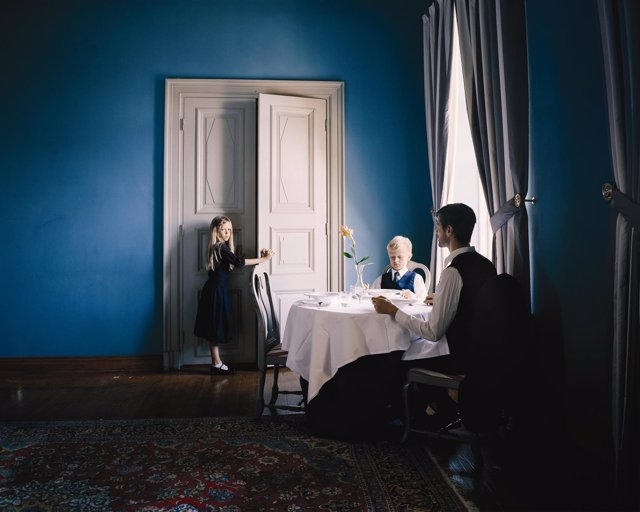'Bereavement', De Erica Nyholm