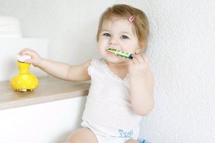 Cómo cuidar los primeros dientes del bebé