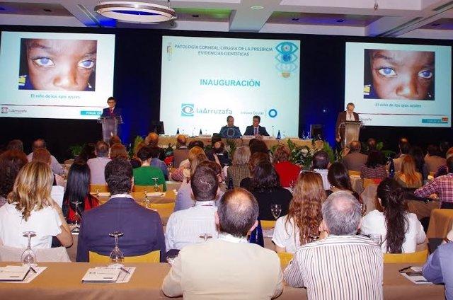 Más de 400 oftalmólogos se reúnen en el 'Fórum Arruzafa'