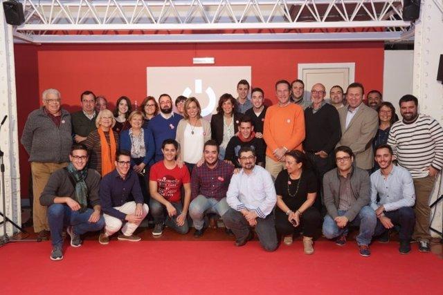 Carme Chacón (PSC) presenta a su equipo de campaña 2.0
