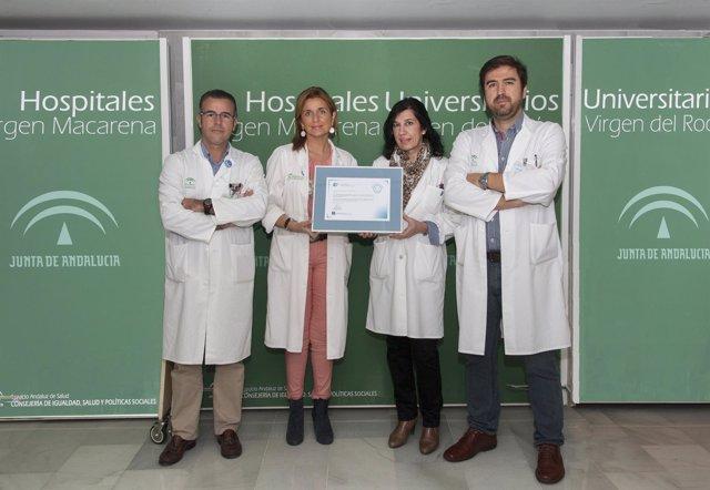 Profesionales del Hospital Virgen del Rocío de Sevilla