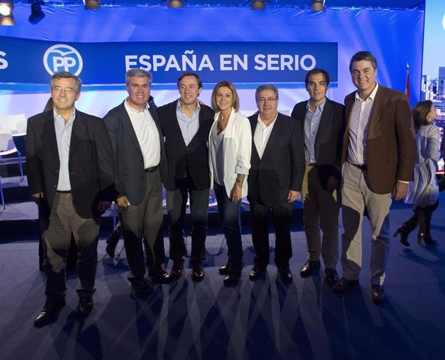 Candidatos andaluces del PP con María Dolores de Cospedal