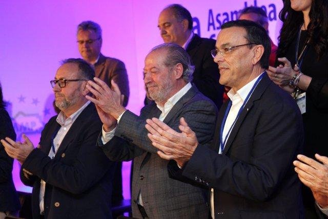 Ignacio Caraballo (a la derecha), en la Asamblea de la FAMP