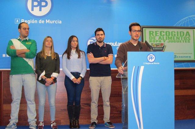 Rueda de prensa NNGG presentación campaña 'Jóvenes Solidarios'