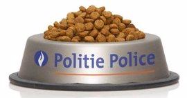 """La Policía belga agradece con comida la """"ayuda"""" de los gatos en Internet"""
