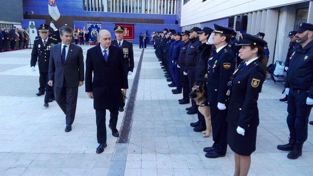 El ministro Jorge Fernández Díaz, y el director de la Policía, Ignacio Cosidó