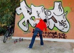 Identifican A Un Menor Como Presunto Autor De Numerosos Grafitis En Murcia