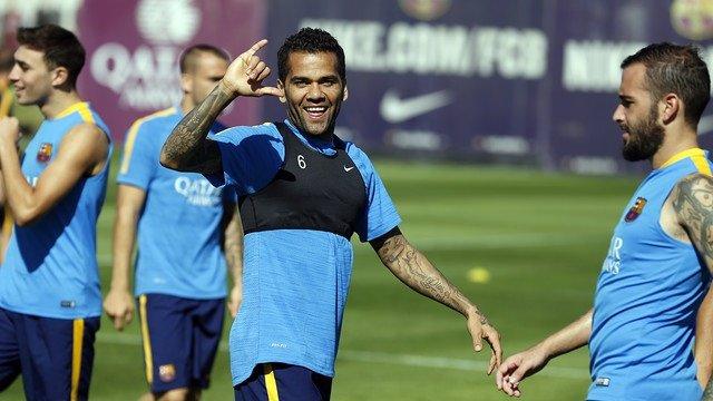 Dani Alves Barcelona entrenamiento