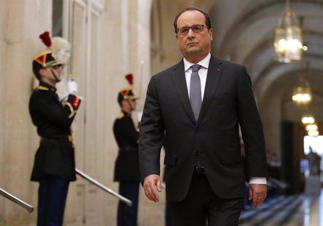 El presidente de Francia Hollande en su comparecencia en Versalles