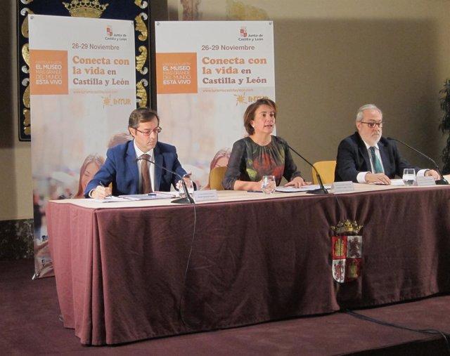 García Cirac (centro) con Javier Ramírez (izq) y Juan Useros