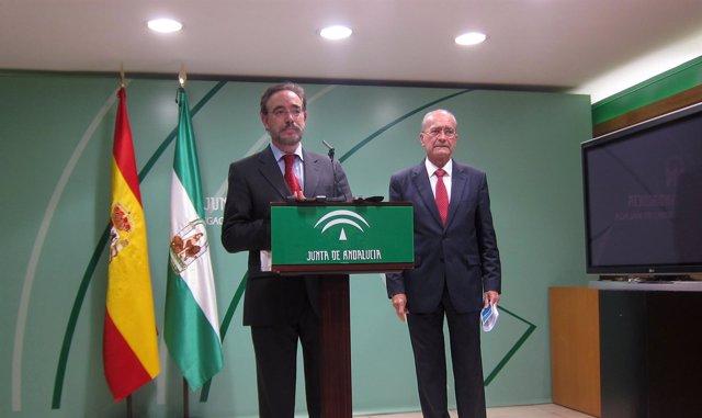 Consejero de Fomento, Felipe López, y el alcalde de Málaga De la Torre