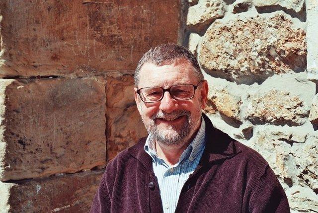 Vicente García Oliva.