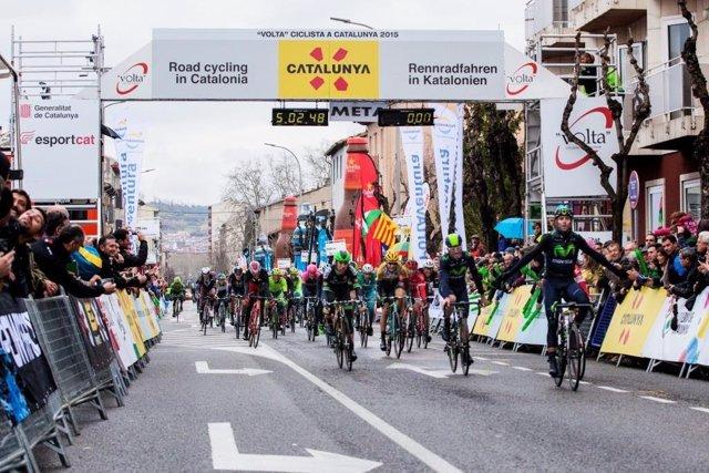 Valverde gana en la meta de Olot