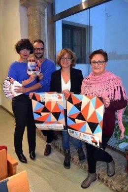 Ruz (centro) presenta el cartel junto a Romero, Calvete y Rodríguez