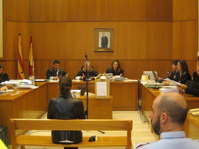 Juicio a la panadera de Mataró acusada de matar a 2 ancianas para robarles