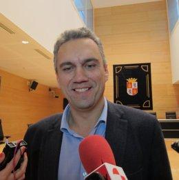 Izquierdo, uno de los representantes del PSOE en la Comisión de las Eólicas