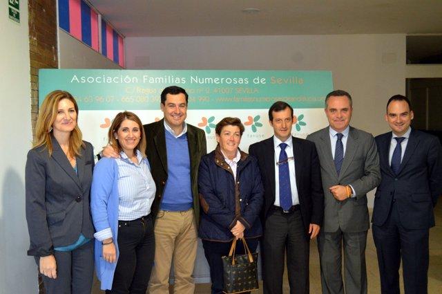 Moreno con la Federación Andaluza de Familias Numerosas