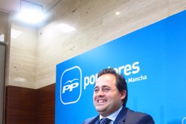 Las Cortes admiten a trámite más de 200 preguntas de Núñez (PP) sobre inversiones de Fomento en municipios de C-LM