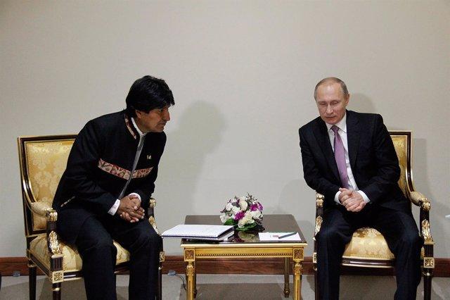 Evo Morales y Vladimir Putin