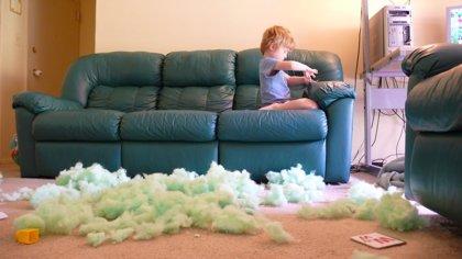 Esto es lo que pasa cuando hay 5 minutos de silencio con niños alrededor