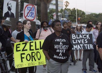 Protestas en Chicago tras  vídeo de un policía matando a un joven negro