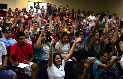 La crisis brasileña se ceba con la educación