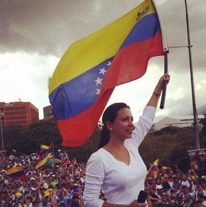 María Corina Machado denuncia la retirada de un anuncio electoral