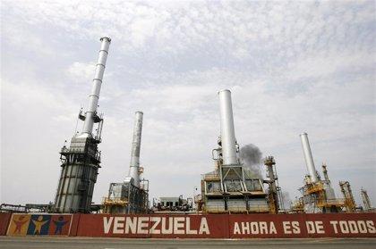 """PDVSA asegura """"absoluta normalidad"""" en tráfico de buques petroleros"""