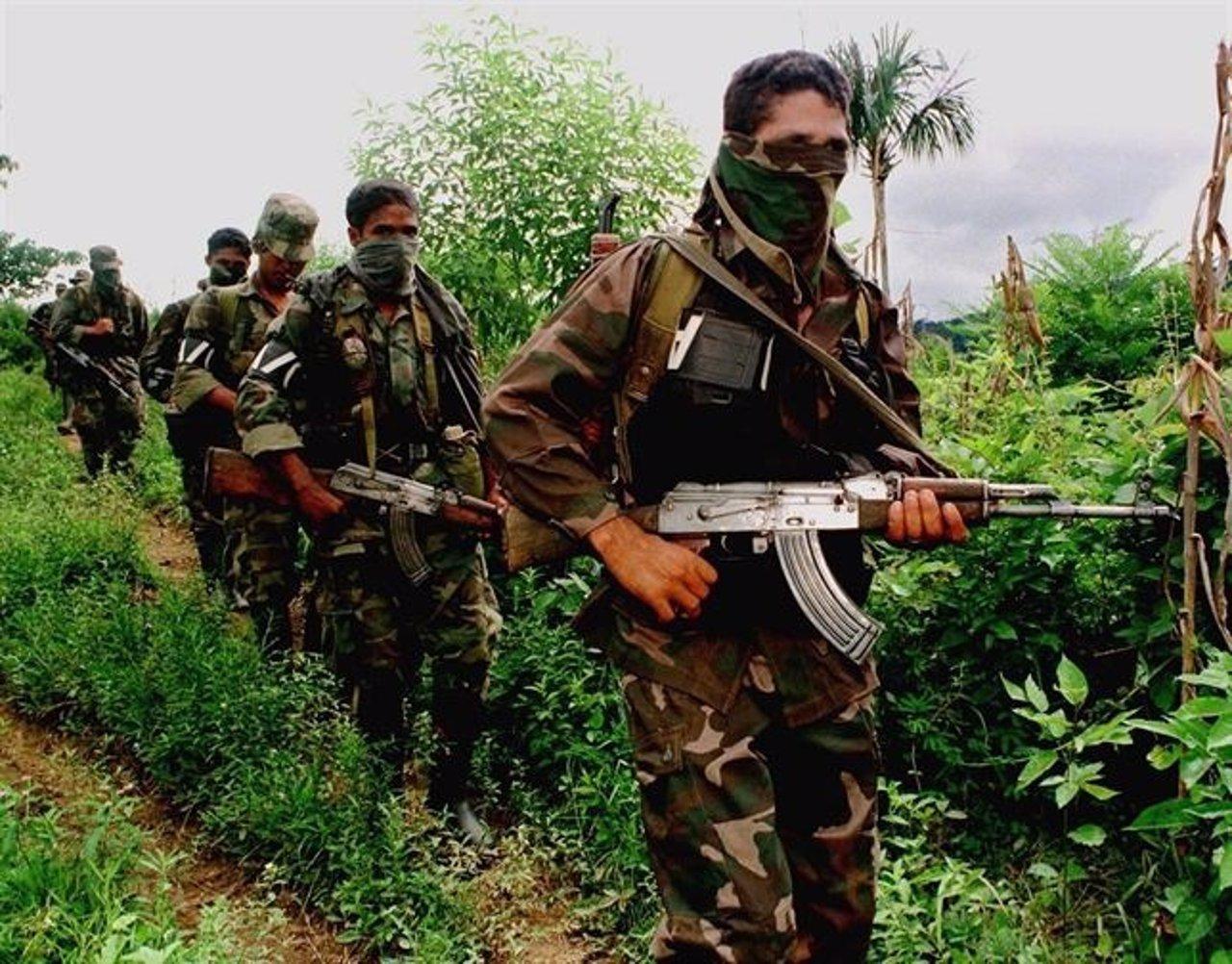 Paramilitares na frontera ente Venezuela y Colombia.