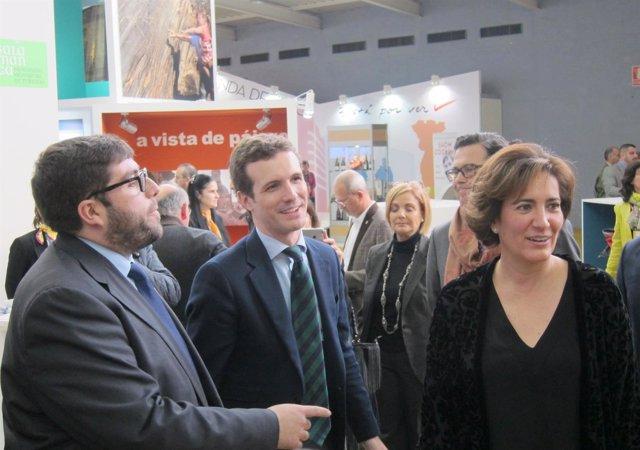 Casado junto al presidente de la Diputación de Ávila y García Cirac