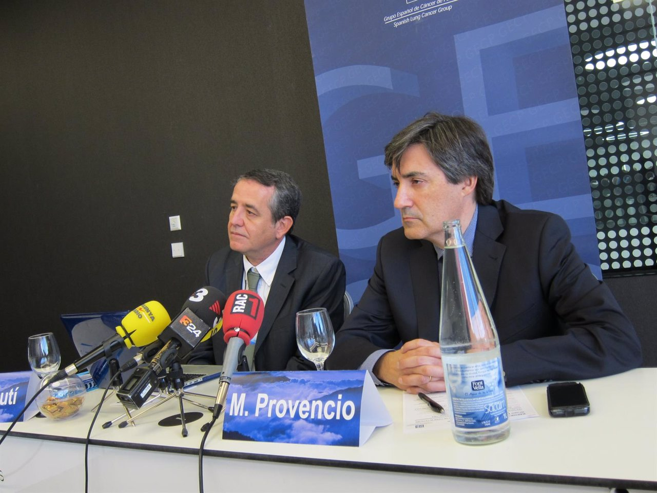 El presidente del GECP Mariano Provencio (der)con el secretario Bartomeu Massuti