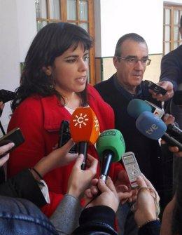Rodríguez e Yllanez en atención a los medios este jueves