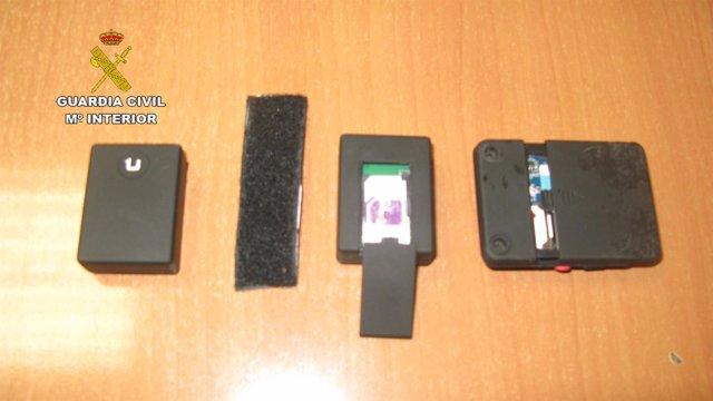 Sistema de grabación y escucha descubierto por la Guardia Civil.