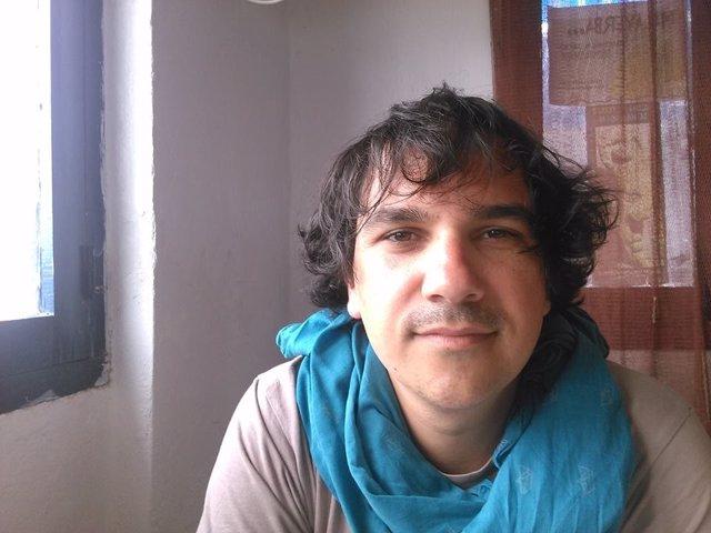 Xavier Guillén gana el Certamen Joven de Poesía del IAJ