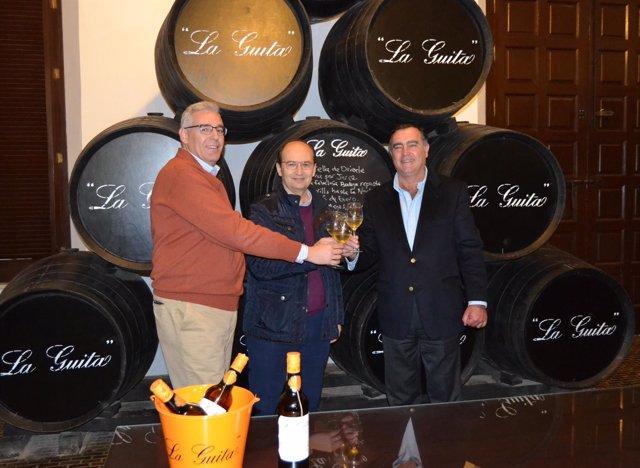 Los Reyes Magos de Sevilla en 2016 visitan bodegas del Grupo Estevez