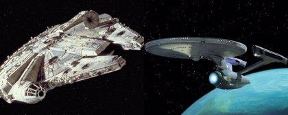 El Halcón Milenario de Star Wars vs. el Enterprise de Star Trek: ¿Qué nave es mejor?
