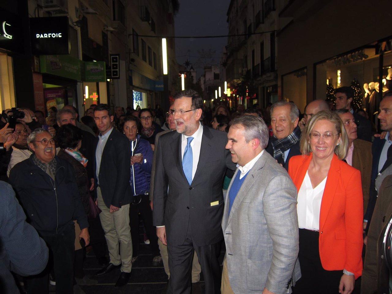 Paseo de Rajoy en Badajoz