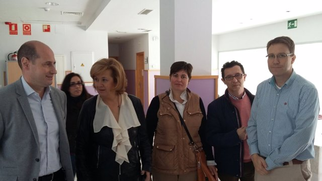 Visita de Teresa Vega al centro de salud de Jódar