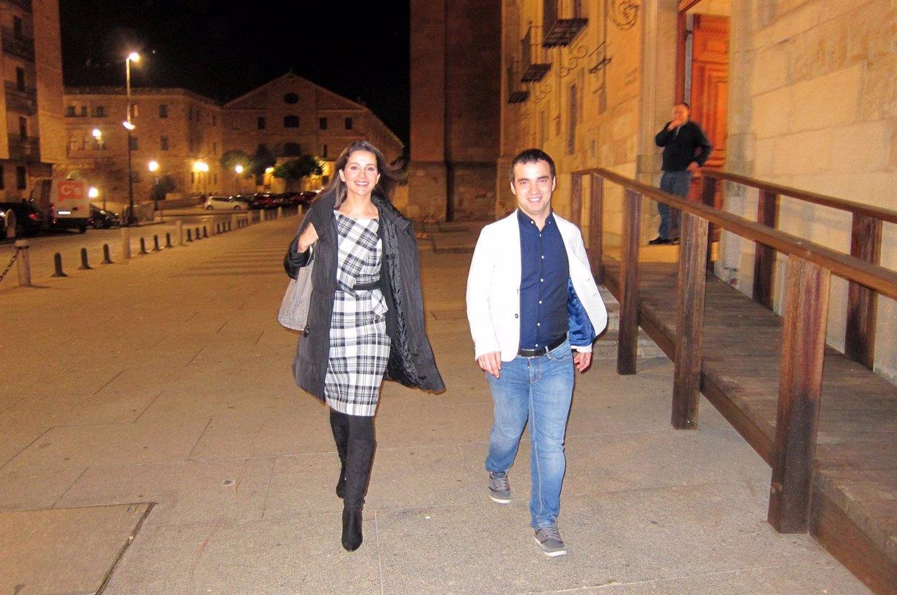 Inés Arrimadas junto al candidato de Ciudadanos por Salamanca Pablo Yáñez