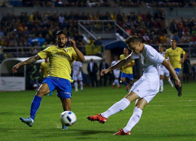 Cherishev marca ante el Cádiz en Copa del Rey