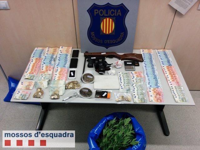 Droga y dinero intervenido en una operación en Tarragona