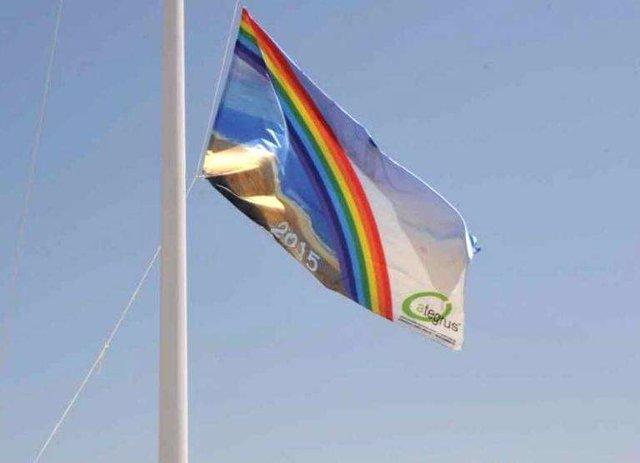 Bandera Ecoplaya NP Y FOTO