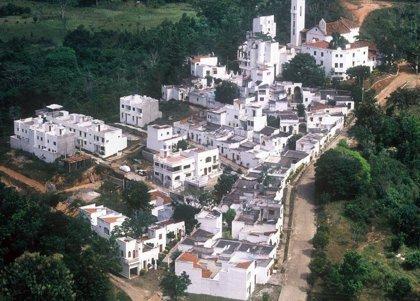 Aldea Doradal, el Santorini colombiano construido por Pablo Escobar